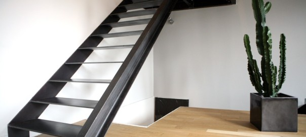 Escalier limon lat ral cct tolerie - Escalier direct usine ...